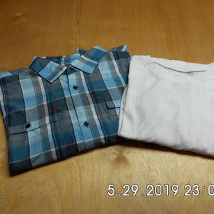 Lot of 2 Men's L/S Shirts Spyder/Gen Goods